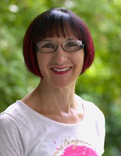 Zahnärztin: Frau Dr. Mira Jozic-Habjanec